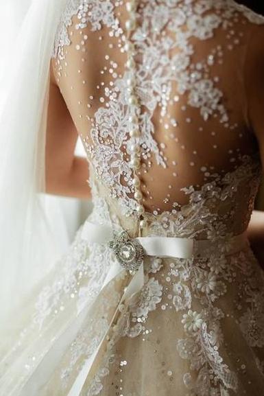 vestido novia detalle tul espalda